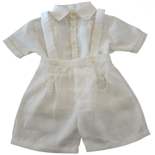 Conjunto em linho off white camiseta e bermuda em renda renascença - 04 meses ; 1 ano e 2 anos