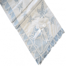 Manta renda renascença azul laço branco